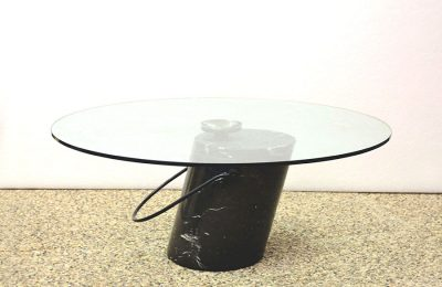 1970's coffee table with black marble base and chrystal top