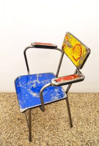 Vibrazioni-Art-design-sedia-Shell-oil-chair-lamiera-handmade-sheet-metal-motor-oil-benzina-garage-italian-design