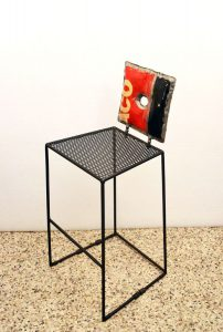 Vibrazioni-Art-design-sedia-chair-lamiera-handmade-sheet-metal-motor-oil-benzina-garage-italian-design