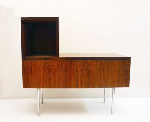 Mobiletto-legno-anni-60-multi-functional-wooden-furniture-1960s-design-modernariato