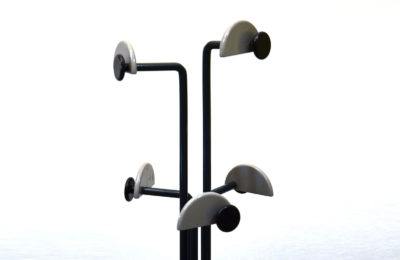 Coat rack in laquered metal, 80s Italian production
