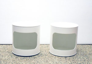 Comodini-space-age-side-table-bedside.-table-white-wood-italian-design-modernariato-for-sale
