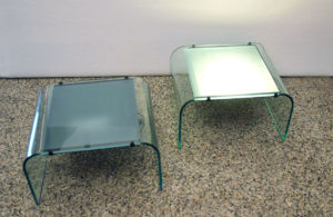Tavolino-cristallo-luminoso-lighting-low-table-curved-crystal-1970s-italian-design-modernariato.