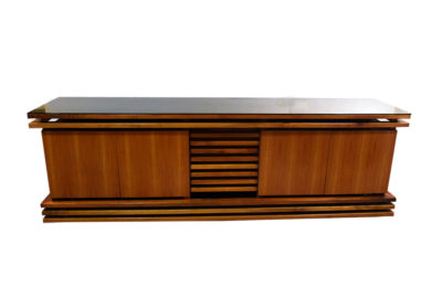 Sideboard in walnut wood, unique piece from the 1970s