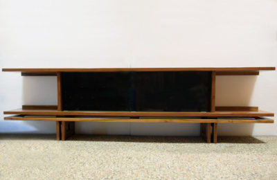 Low sideboard in walnut wood, unique piece from the 1970s